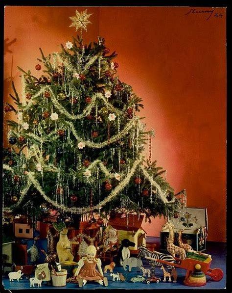1940s christmas tree vintage christmas pinterest