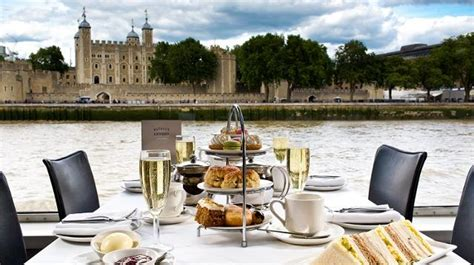 dinner river thames cruise bateaux london symphony bateaux london thames dining cruise experiences