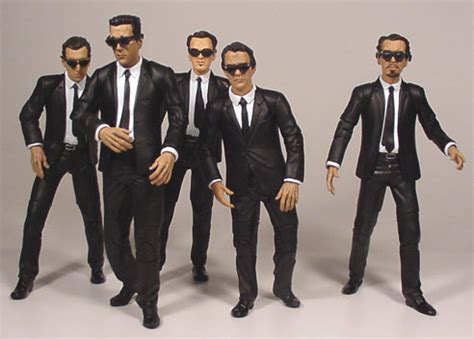 mr brown reservoir dogs pictures of the mr brown reservoir dogs 7 inch figure by mezco
