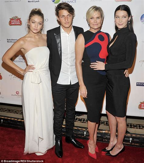 how long has yolanda foster had lime disease alec baldwin opens about about battle with lyme disease