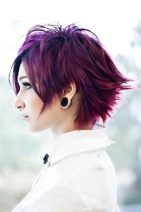 five minute hairstyles for goths coloured short choppy emo punk goth indie hairstyle