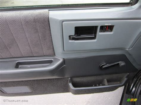 S10 Door Panel by 1993 Chevrolet S10 Regular Cab Gray Door Panel Photo