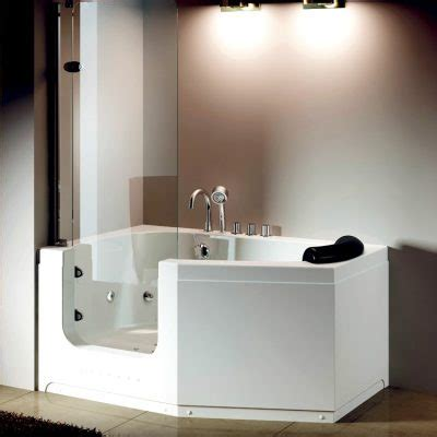 walk in bathtub singapore walk in bathtub singapore sitting singaporebathtubs com