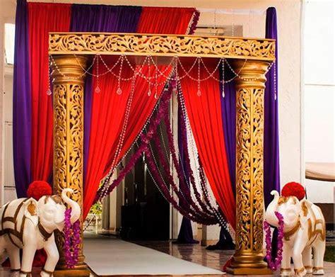 decoraciones fall para evento vestidos de graduacion decoraci 211 n hind 218 3 fiesta indu pinterest hindus