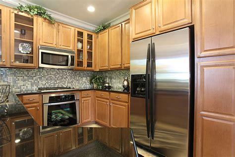 Kitchen Cabinets/Bath Cabinets/Eurostyle Kitchen/Custom
