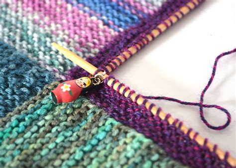 add on stitches knitting how to knit a mitred square blanket