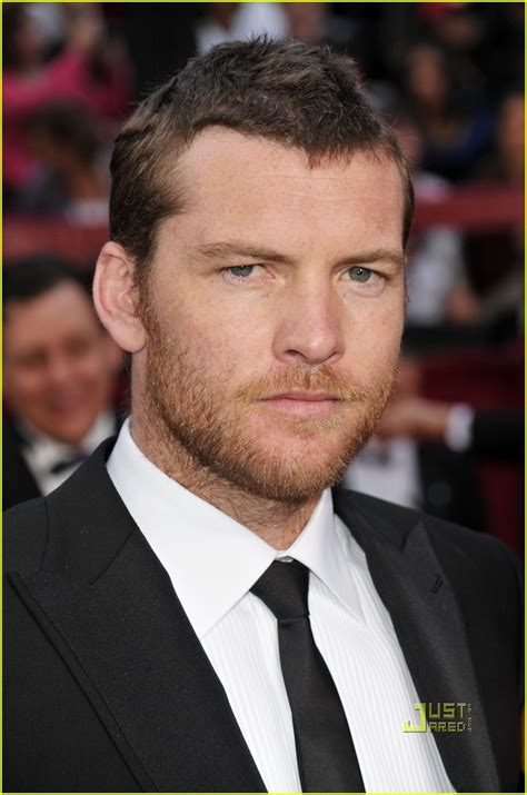 sam worthington oscar sam worthington oscars 2010 red carpet photo 2433363