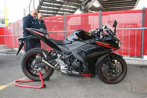 Pista Color by The Yamaha Yzf R3 Turbo Is A Modified Turbocharged Twin