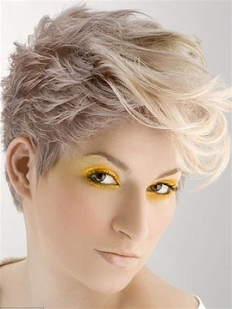photos of womens layered haircuts from 1970 1970s short hairstyles for women hairstyle gallery