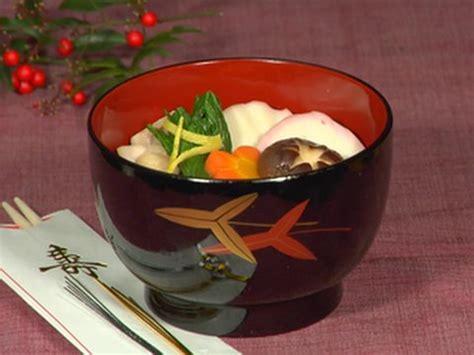 new year rice dishes new year ozoni soup japanese rice cake soup recipe お正月のお