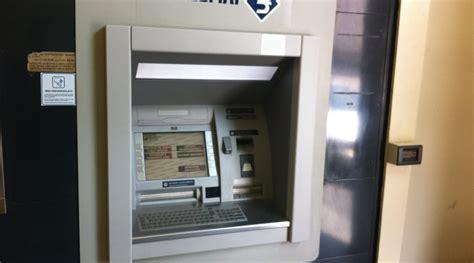 bancomat banco popolare macchia danneggiato bancomat banco popolare siciliano