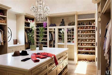 design dream closet 10 unbelievable dream closets huffpost