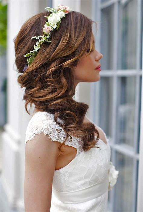 Wedding Hairstyles On by 1000 Ideas About Wedding Hairstyles On Modern
