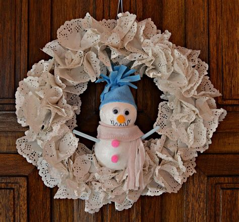 winter snowman diy wreath favecraftscom