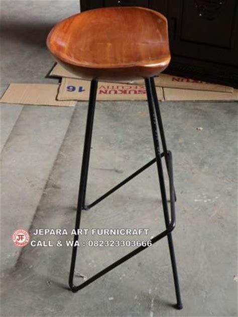 Kursi Bulat Kaki Besi terbaru dan termurah kursi bar kaki besi berkualitas