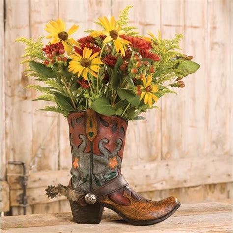 Cowboy Boot Vase Wedding Decorations by Best 25 Western Decor Ideas On Rustic Western