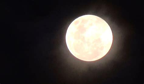 inilah penampakan gerhana bulan penumbra  medan