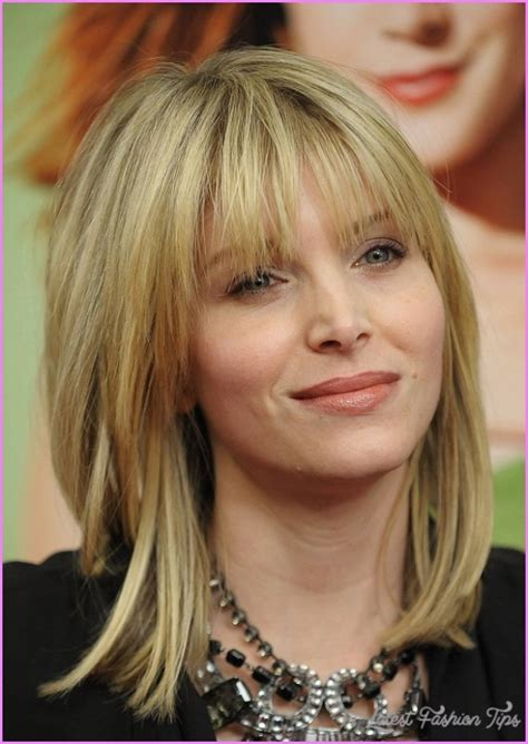 side bangs with layers for medium hair layered haircuts for medium hair with side bangs