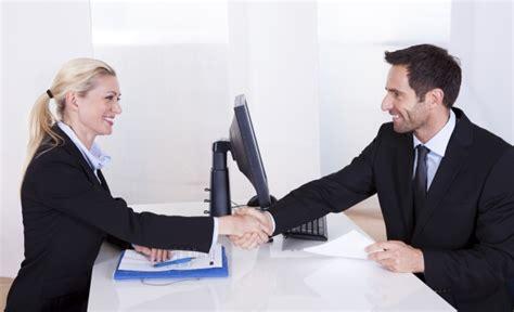 preguntas que una mujer no puede responder consejos para una entrevista de trabajo