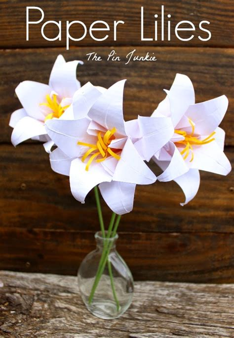 How To Make Paper Easter Lilies - sew can do eastertime craftastic monday link