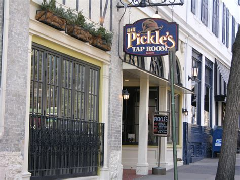 bill pickle s tap room state college pa bar specials entertainment for bill pickle s tap room
