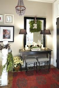 Home Entryway Decor by Holiday Home Tour Designer Meredith Heron S Festive Decor