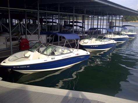 lake lanier boats for rent renting a boat on lake lanier