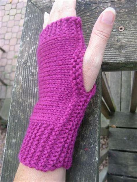 easy knit fingerless gloves easy fingerless mitts knit warmers