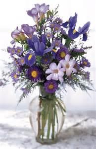 bouquet de fleurs dans un vase centerblog