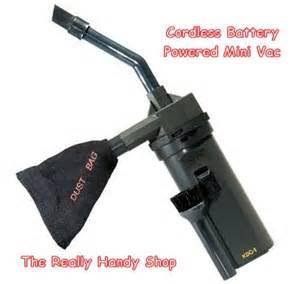 Bagless Vaccum Cleaner Cordless Handheld Mini Vacuum Cleaner Compact Battery