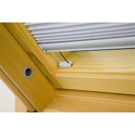 dachfenster plissee dachfenster plissee 3141800 g in weiss sonnenschutz b1
