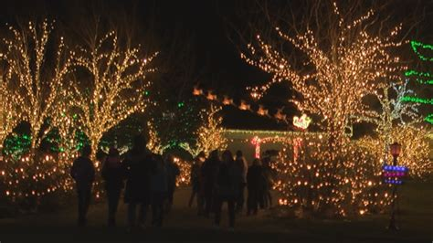 christmas lights in yakima local family puts on one of the best light displays in the valley kima