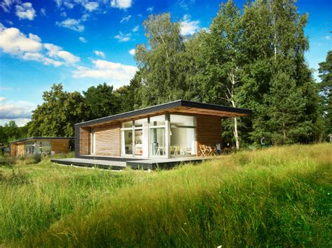 small vacation homes small prefab dream vacation home sommerhaus piu prefab
