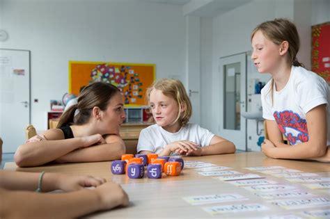 Bewerbung Lehrer Grundschule Berlin Lehrer In Der Grundschule