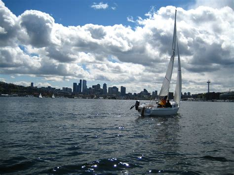 sailing boat union lake union lake in seattle thousand wonders