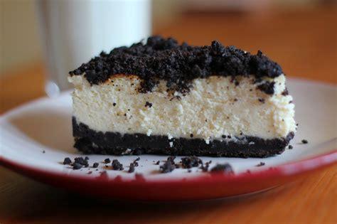 Oreo Cheese Cake Half tv and cookies stuff oreo cheesecake