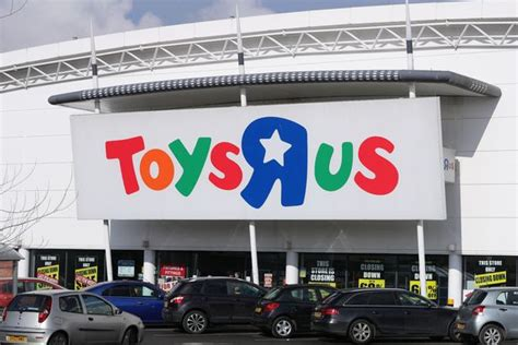 Maplin Gift Card Balance - toys r us to close 25 uk stores by thursday as thousands of jobs hang in the balance