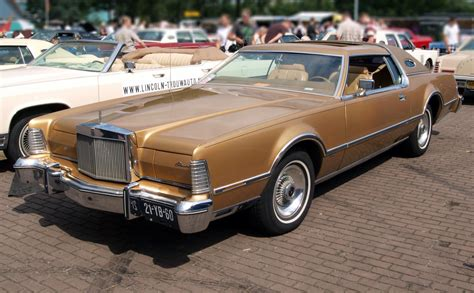 electronic stability control 1994 lincoln continental parking system autoblog advies klassieke amerikaan met v8 voor 6 000 autoblog nl