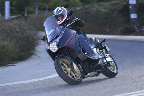 First ride: 2014 Honda Integra 750 review   Visordown