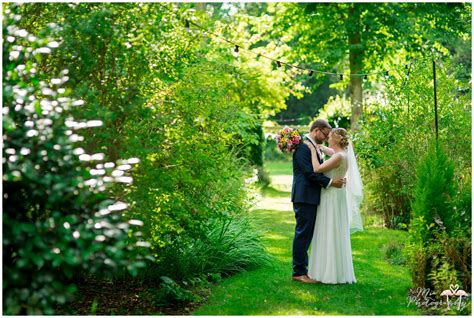 Outside Wedding Photography by Outside Wedding Archives