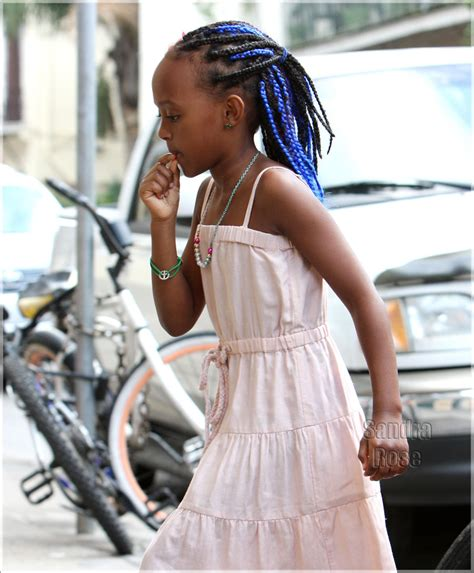 hweave stylist in new orleans zahara jolie pitt shows off her blue hair extensions in