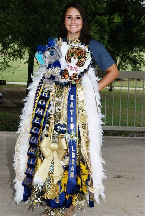 homecoming mum school spirit over the top keller tx homecoming pinterest tops over the