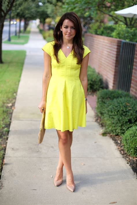 what color shoes with yellow dress dallas wardrobe