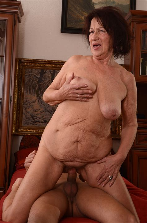 Older Grandmother Porn Self Shots