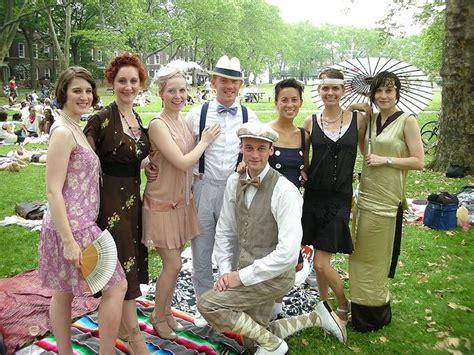 backyard chic attire 1920s picnic google search gatsby frolicking tea party