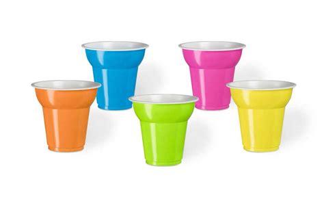bicchieri plastica colorati bicchieri plastica caff 232 colorati idee di immagine di casa