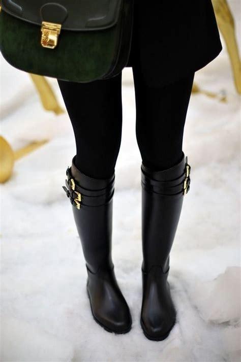 sleek  stylish black rain boots  great  snow