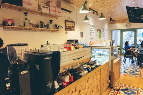desain interior cafe mini   instagrammable arsitag