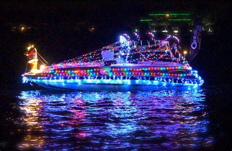 boat lights christmas the christmas boat parade of lights on lake conroe