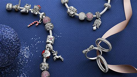 The Christmas Collection   PANDORA